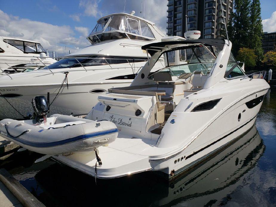 2014 Sea Ray 350 Sundancer Power Boat For Sale Www Yachtworld Com