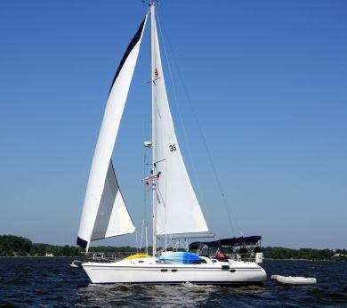 2004 Catalina 387 Wing Keel