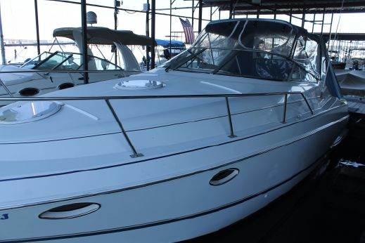 1995 Chris Craft 30 Crowne