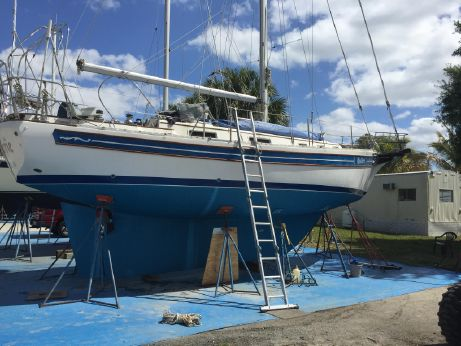 1987 Bayfield 36 Cutter