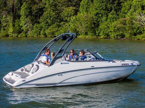 2017 Yamaha Marine 212 Limited S