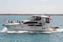 2007 Cruisers Yachts 415 Express Motoryacht