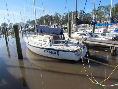 1982 J Boats 30