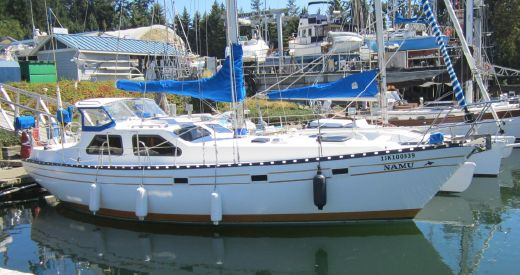 1981 Cooper 353 Pilothouse Sloop