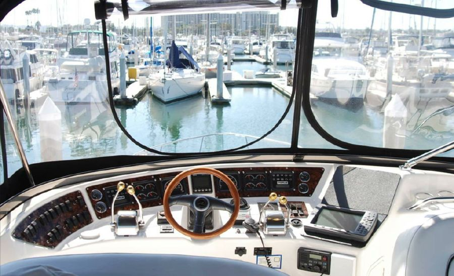 Sea Ray 480 Sedan Bridge for sale in San Diego