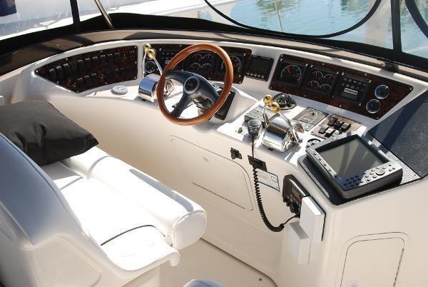 Sea Ray 480 Sedan Bridge Dashboard