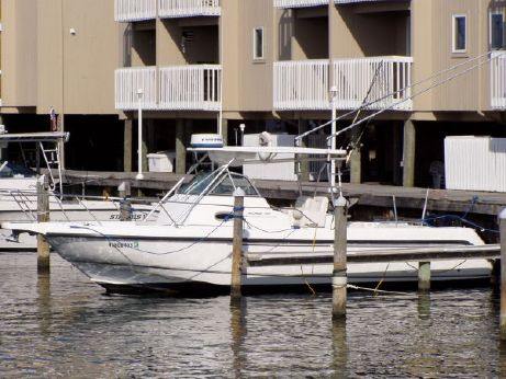 2003 Boston Whaler 29 Outrage