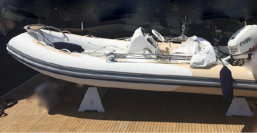 2016 Avon Seasport 470