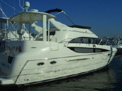 international yacht broker