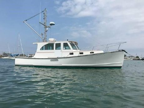 2002 Holland Downeast Lobster Yacht