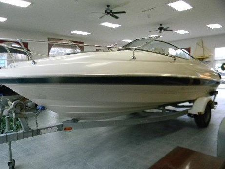 2000 Bayliner 2052 Capri Cuddy