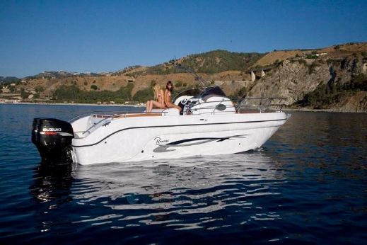 2013 Ranieri Shadow 30