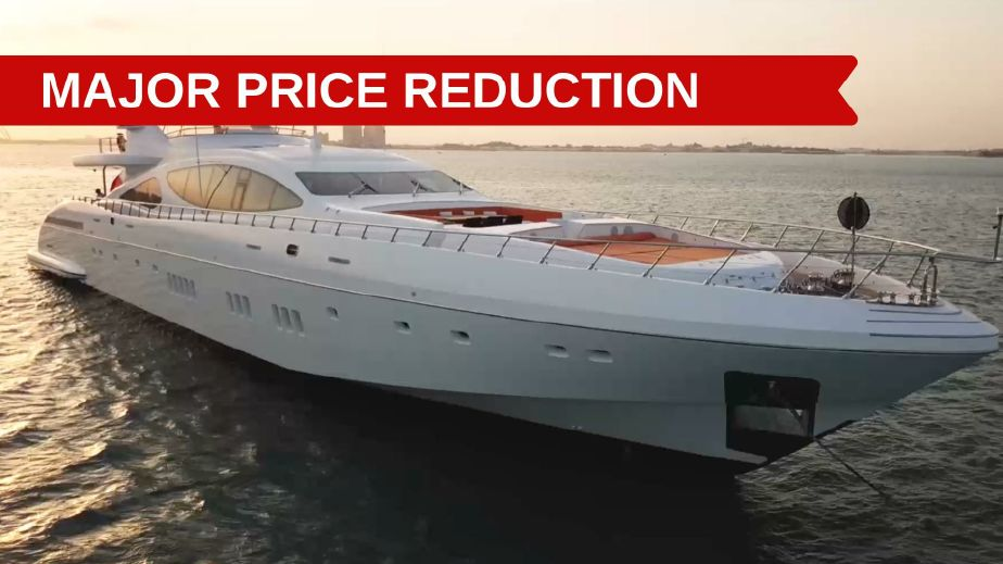 2011 Mangusta 165 Power Boat For Sale Www Yachtworld Com