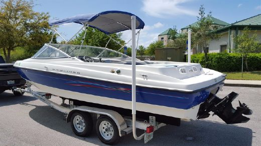 2006 Bayliner 225 Bow Rider (New Trailer)