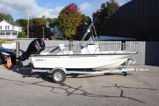 2016 Boston Whaler 150 Montauk