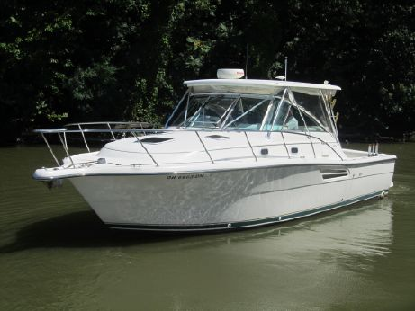 2000 Pursuit 3400 Express