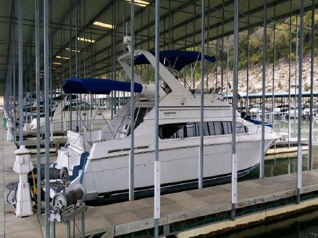 2000 Carver Yachts 38 Santego