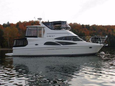 2007 Carver 41 DIESEL Cockpit Motor Yacht
