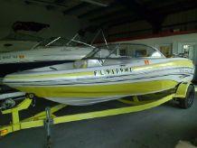 2005 Tahoe Q-4   Bowrider