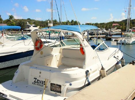 1999 Cruiser's Yacht express cruiser 3075