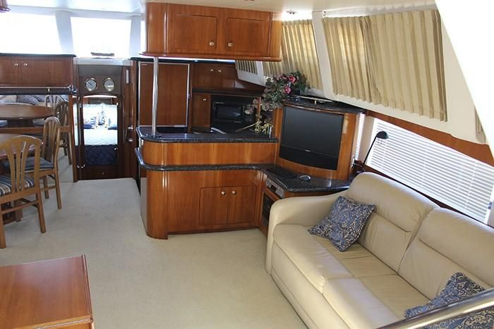 Carver 506 Motoryacht aft cabin for sale
