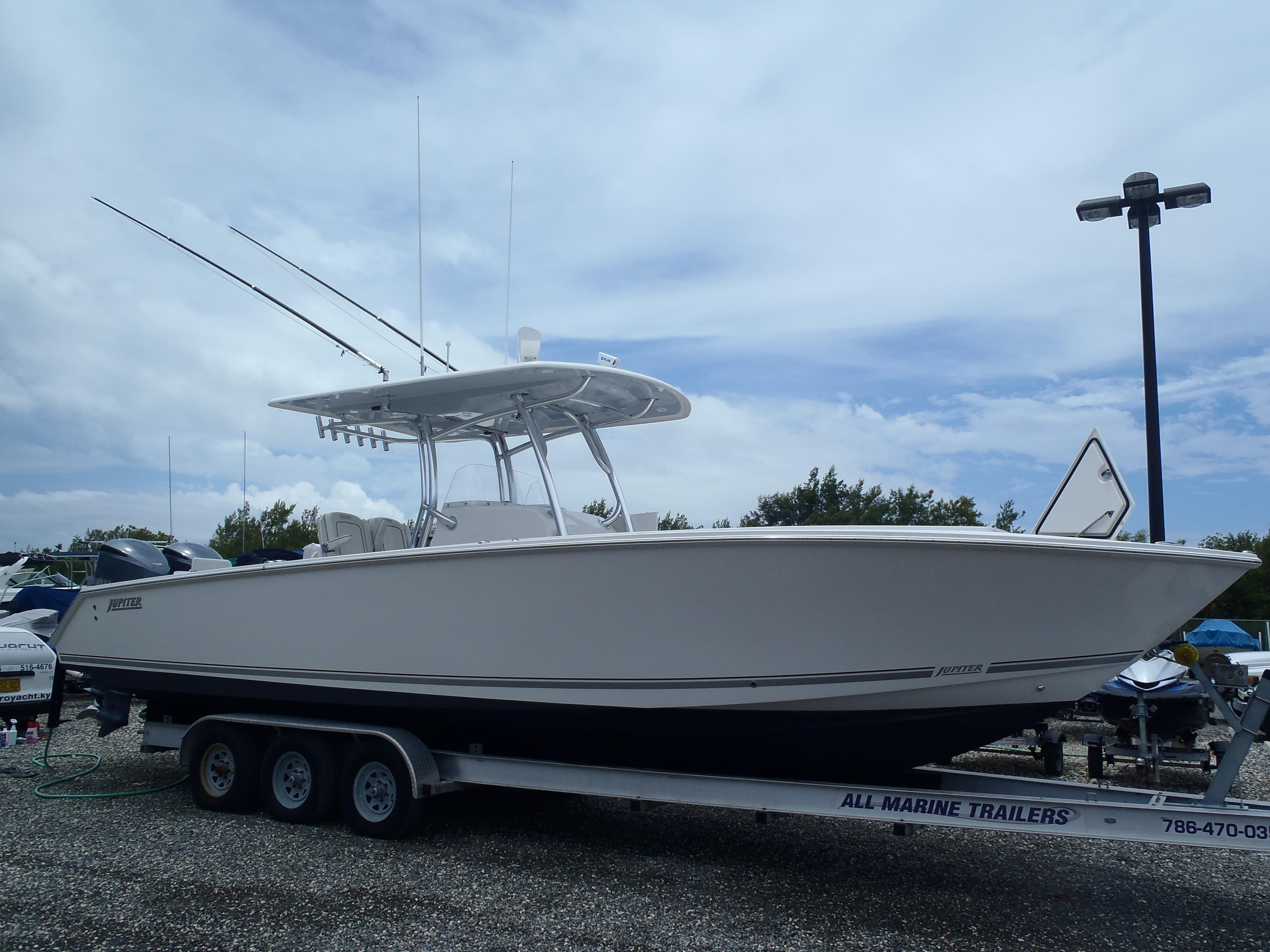 2013 Jupiter 34FS Power Boat For Sale
