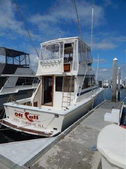 1985 Viking Yachts 35 Convertible