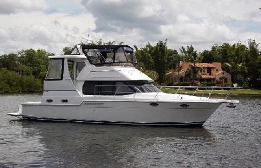 1998 Carver 400 Cockpit Motor Yacht