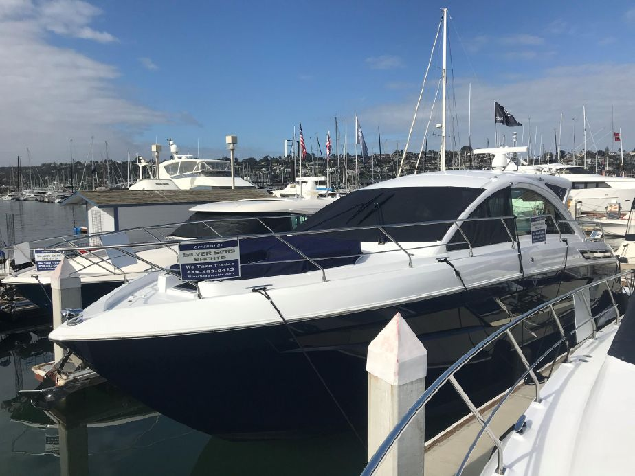 2019 Cruisers Yachts 50 Cantius Power Boat For Sale - www