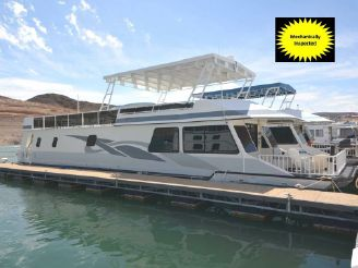 2000 Fun Country Houseboat