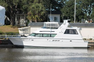 1991 Hatteras 52 Cockpit Motor Yacht