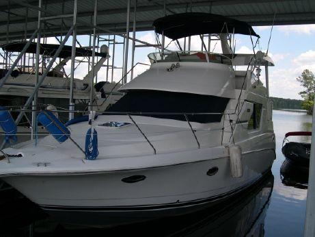 2001 Silverton 352