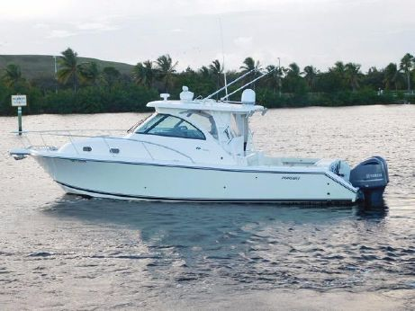 2010 Pursuit 345 Offshore