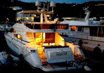 1999 Viking Yachts 64