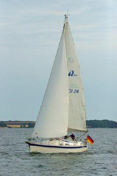 2004 Hallberg-Rassy 37