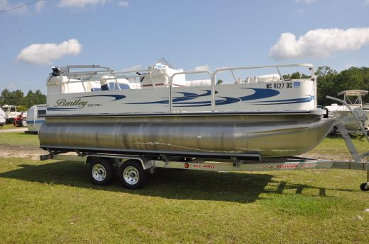 2006 Bentley Pontoons 200 Fish