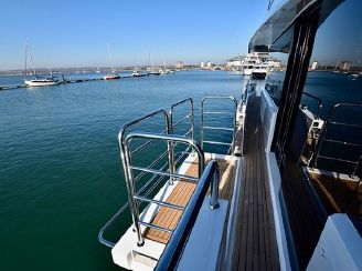 thumbnail photo 1: 2019 Sunseeker 86 Yacht