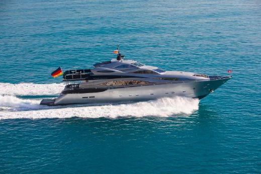 2003 Sunseeker 105 Yacht