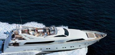 thumbnail photo 2: 2003 Ferretti Yachts Custom Line 112