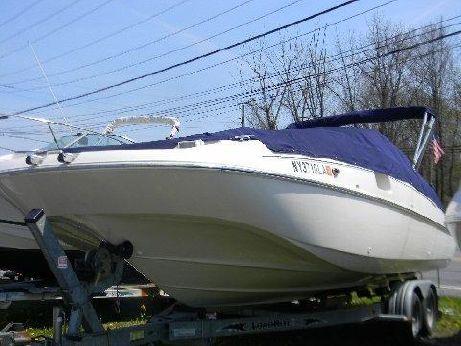 2000 Monterey 240 Explorer