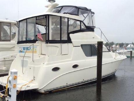 1997 Silverton 352 Motor Yacht