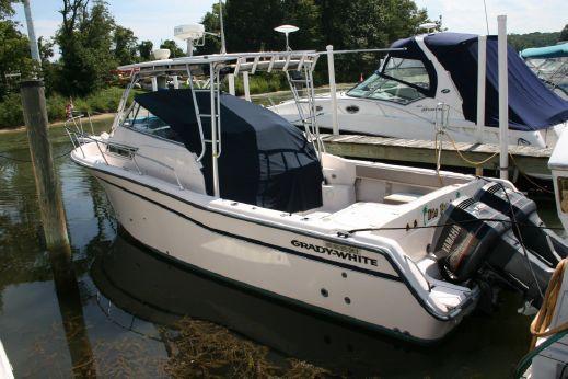 1998 Grady-White 300 Marlin