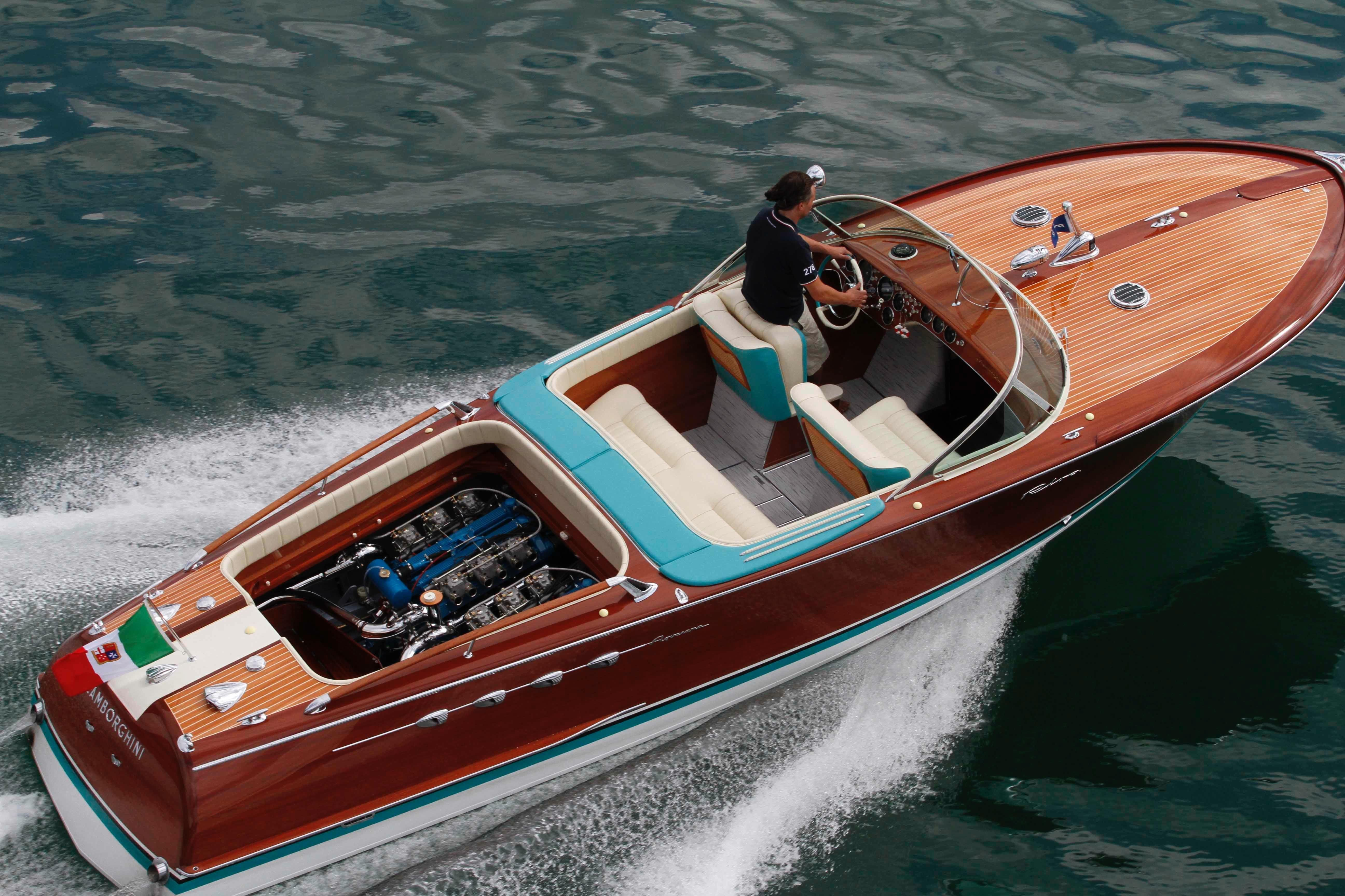 1968 riva aquarama lamborghini power boat for sale www for Motoscafo riva aquarama