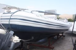 2009 Novurania Launch 700