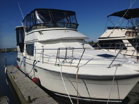 1994 Carver Yachts 370 aft cabin