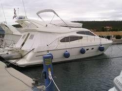 2001 Ferretti 460