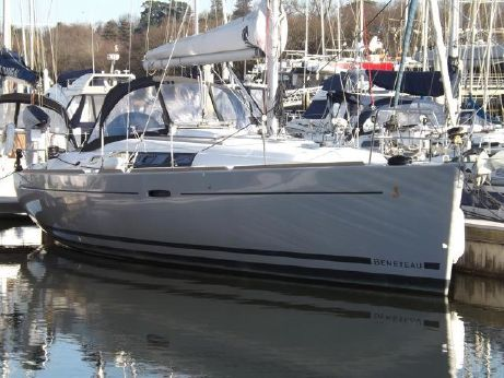 2012 Beneteau Oceanis 37 LIMITED EDITION