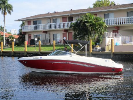 2007 Sea Ray 230 Select