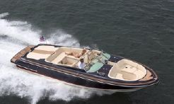 2020 Chris-Craft 34 Launch