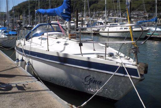 1986 Mirage Yachts 29 Bilge K
